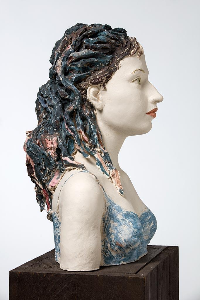Sophie, Terrakotta engobiert, 50x38x30 cm, 2010