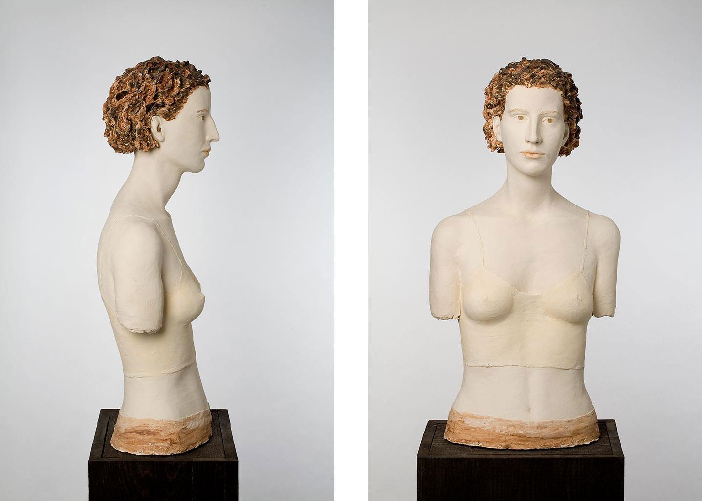 Isabella, Terrakotta engobiert, 79x40x27 cm, 2004