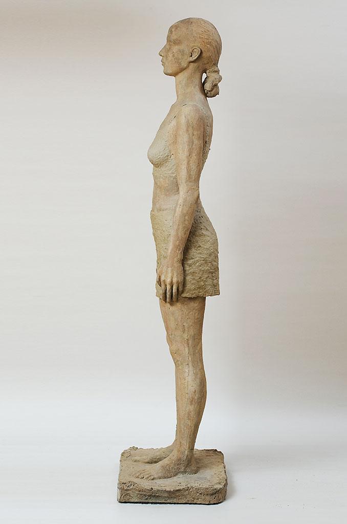 Ragazza Romana, Steinguss getönt und Zellstoff, 170 cm, 2003